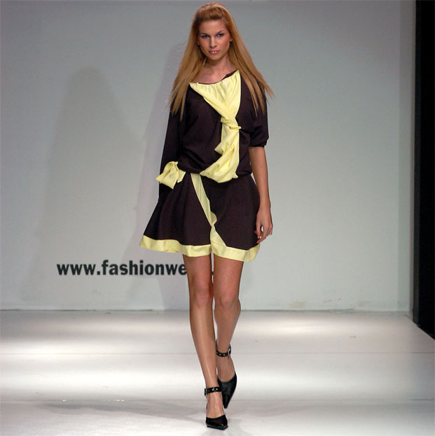 Arnela Vučića nosi Elizabeth Hurley, a njegove seksi ljetne haljine