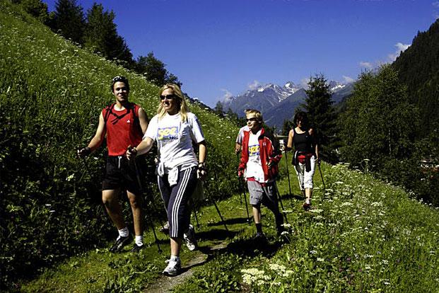 Hodanje sa štapovima - Nordijsko hodanje Nordijsko_hodanje_cijela