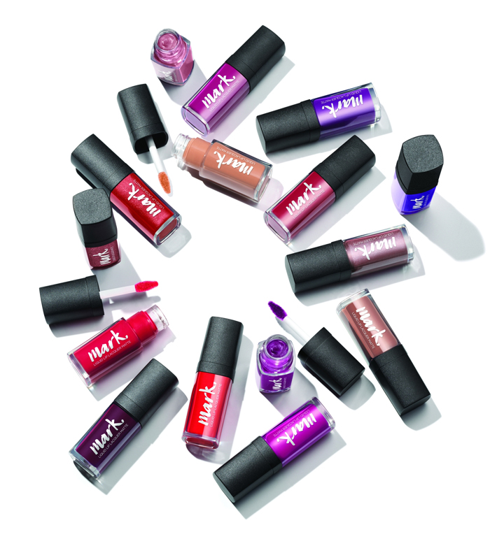 avon mark. liquid lip lacquer