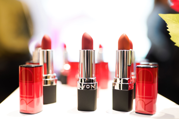 avon red perfectly matte