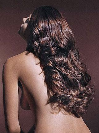 Lepota ženske kose - Page 9 Zena-kosa-ledja-velika