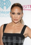 J.Lo: beauty look dana